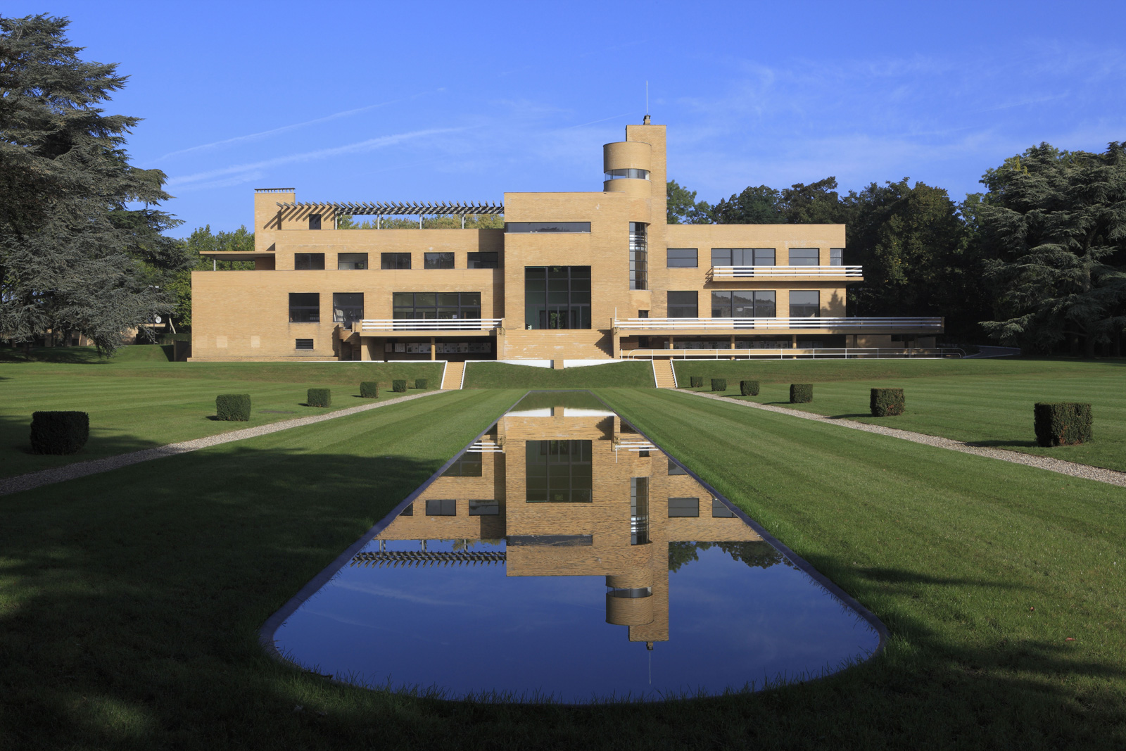 Modernist marvel villa cavrois to open after a 23m for Decoration interieur lille