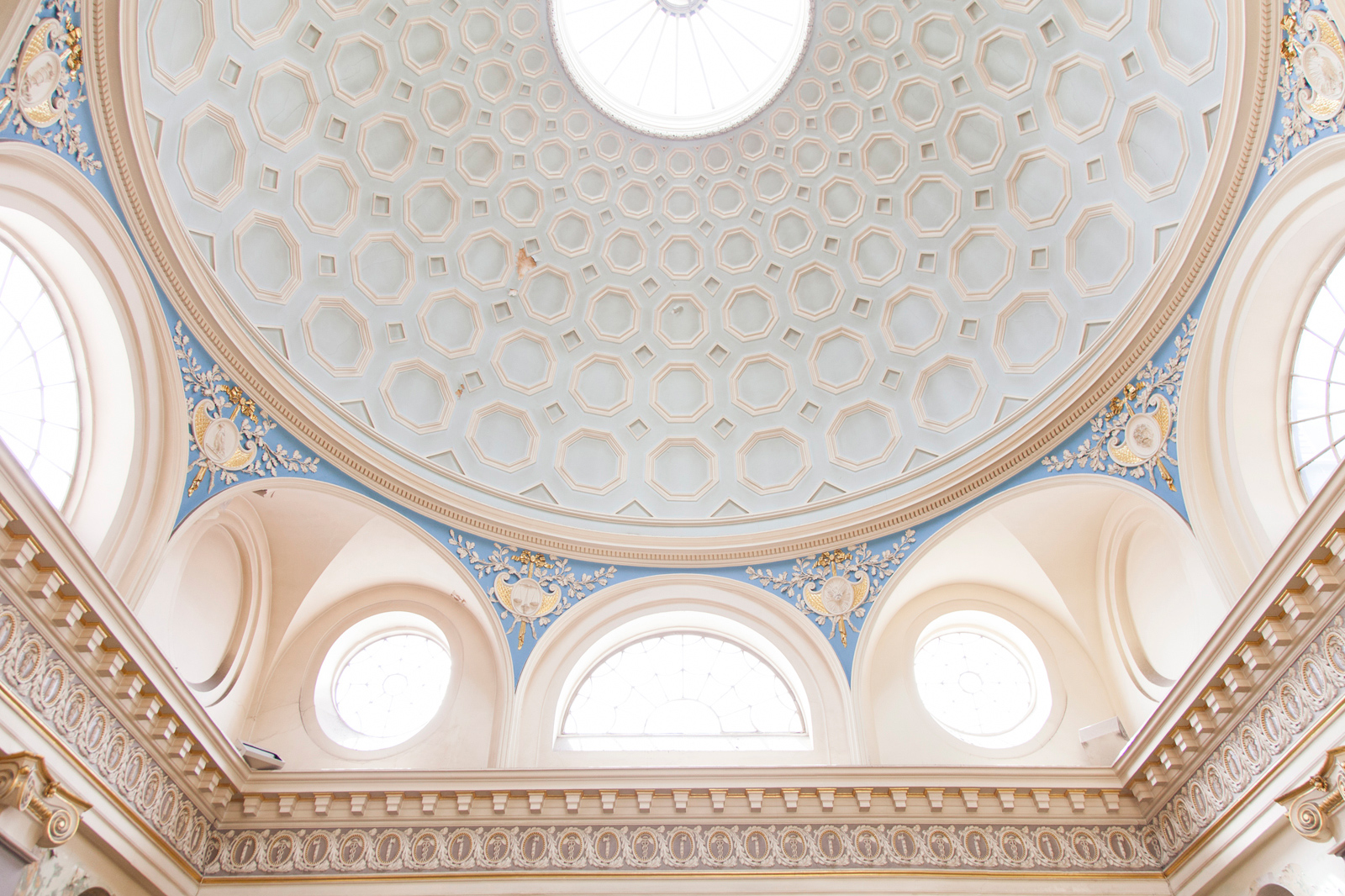 Old-Sessions-House-x-The-Spaces-by-Emli-Bendixen_The great dome