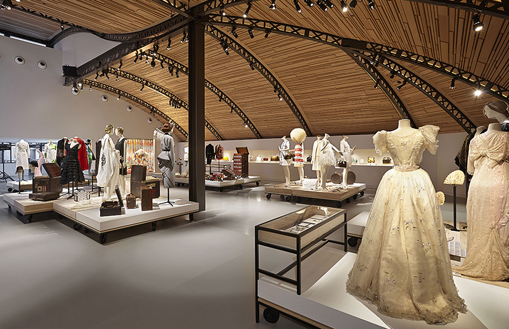 La Galerie Opens Inside Louis Vuitton S Historic Home