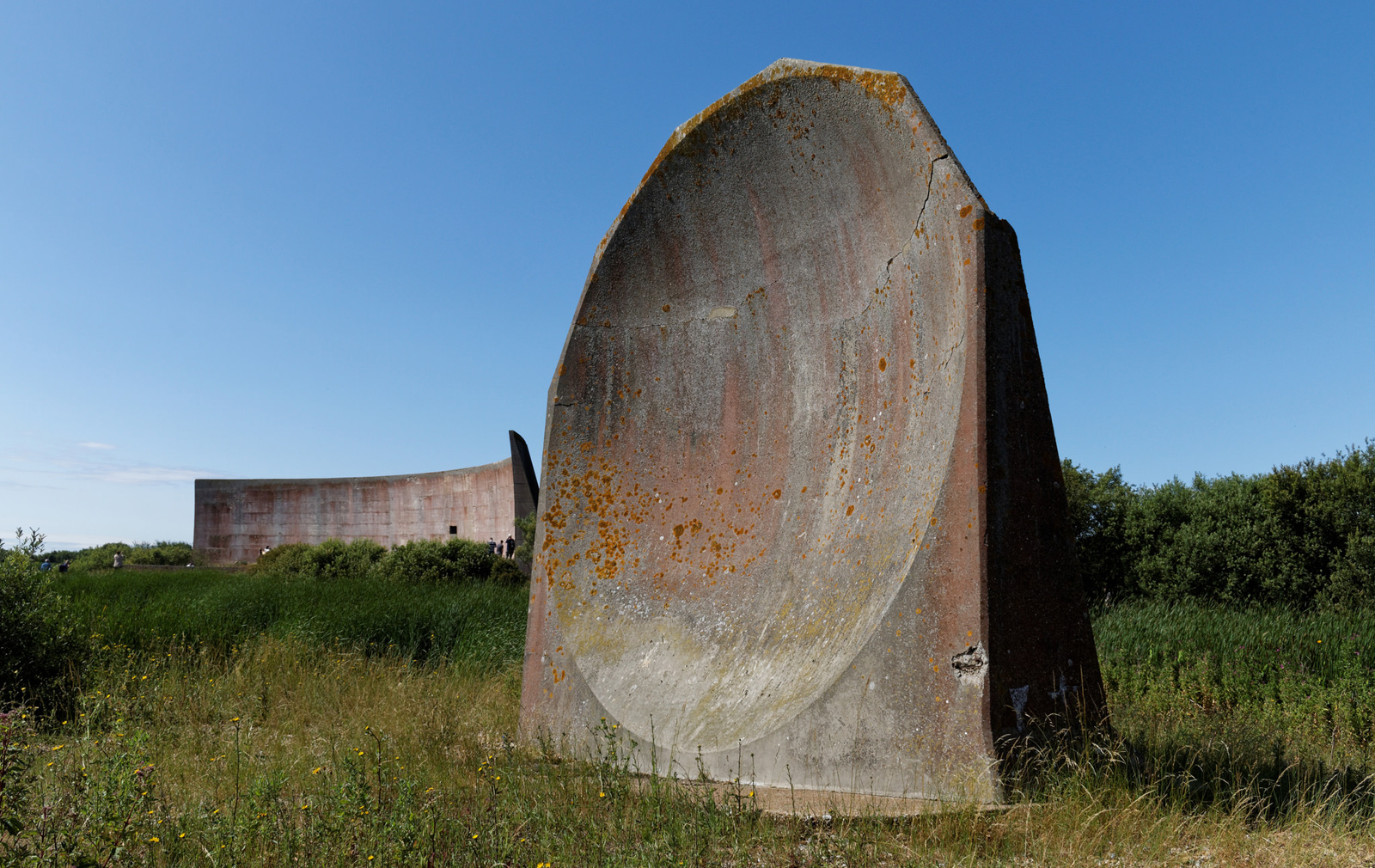 Denge-sound-mirrors.-Paul-Horsfield