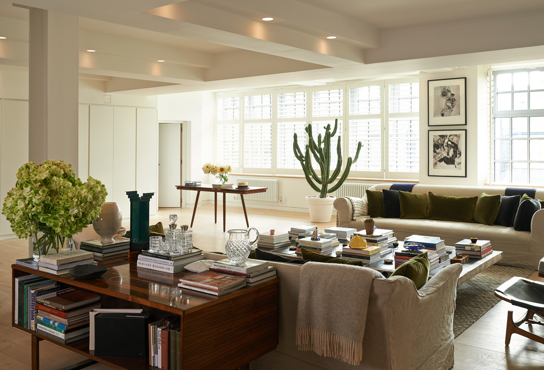 The_Spaces_Alex-Eagle-loft_informal-living-room