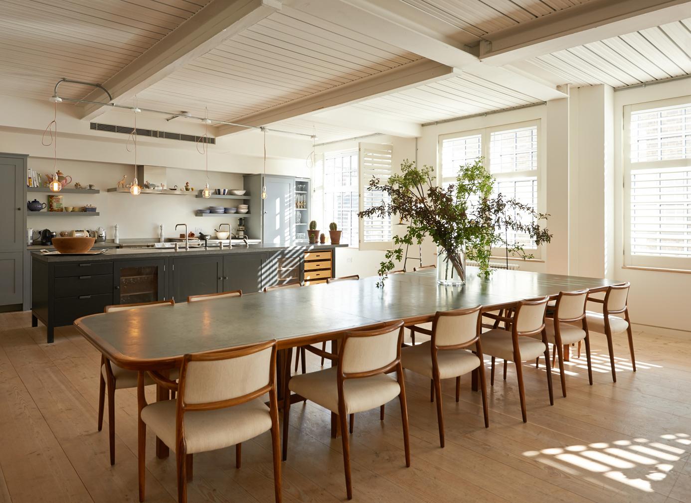 The_Spaces_Alex-Eagle-loft_kitchen