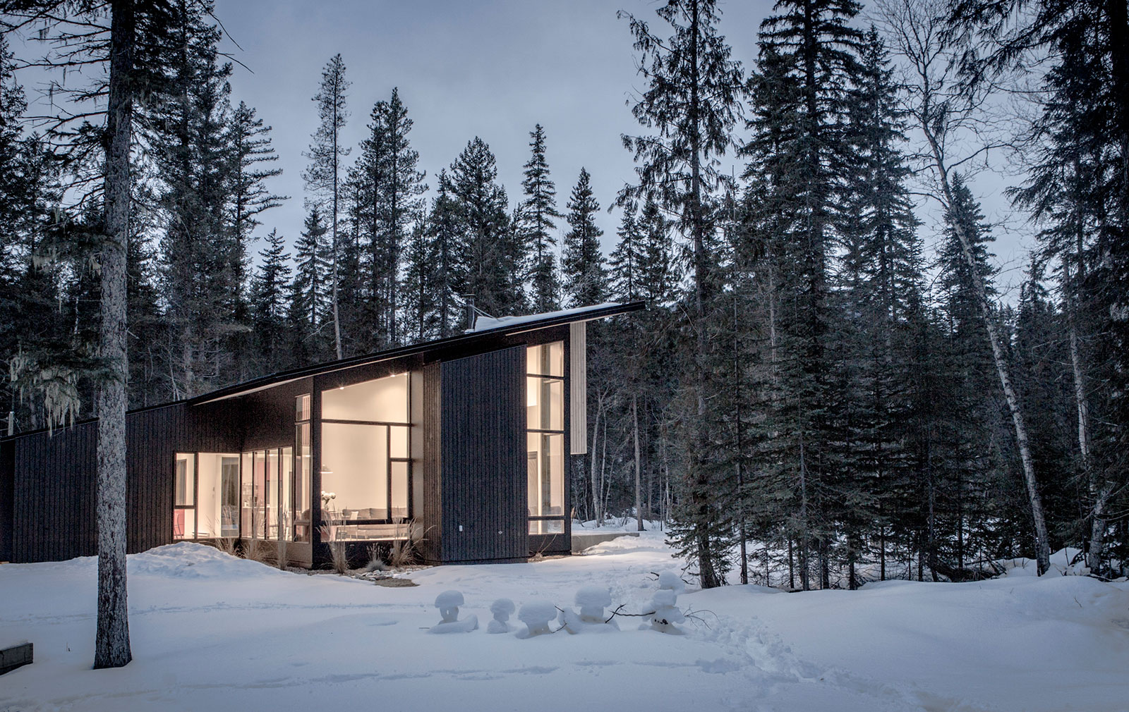 Ski retreat Pioneer cabin in British Columbia
