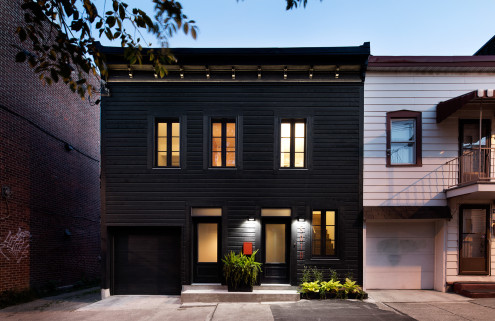 Architecture Open Form gives a groom's house in Montreal a makeover