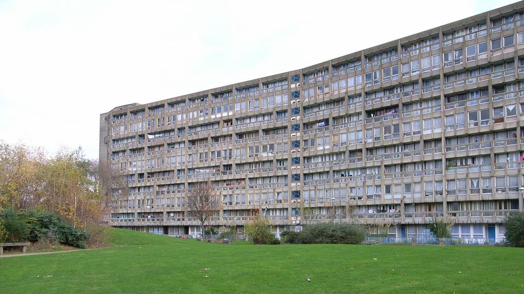 Haworth tompkins to design robin hood gardens successor