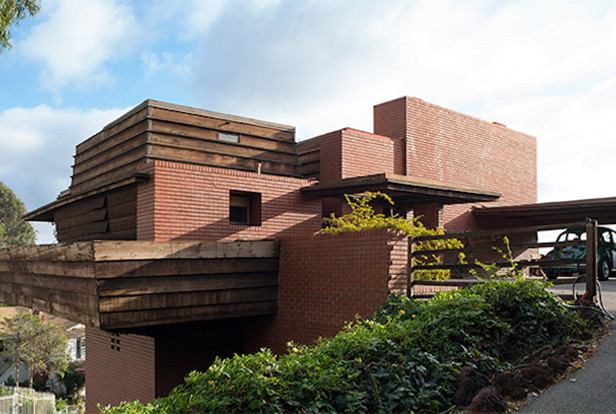 On the market own your own frank lloyd wright the spaces for Frank lloyd wright houses in california