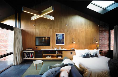 12 hotels for vinyl lovers