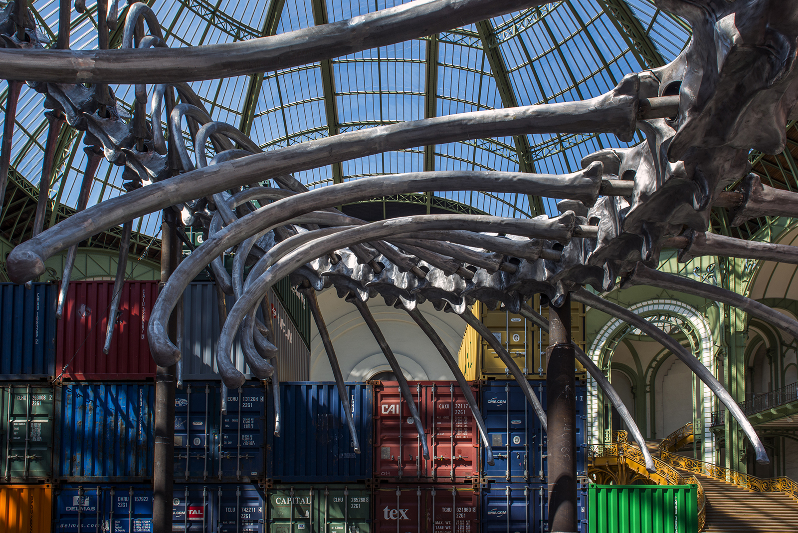 an aluminium snake shipping containers and napoleon s hat take over paris grand palais the. Black Bedroom Furniture Sets. Home Design Ideas