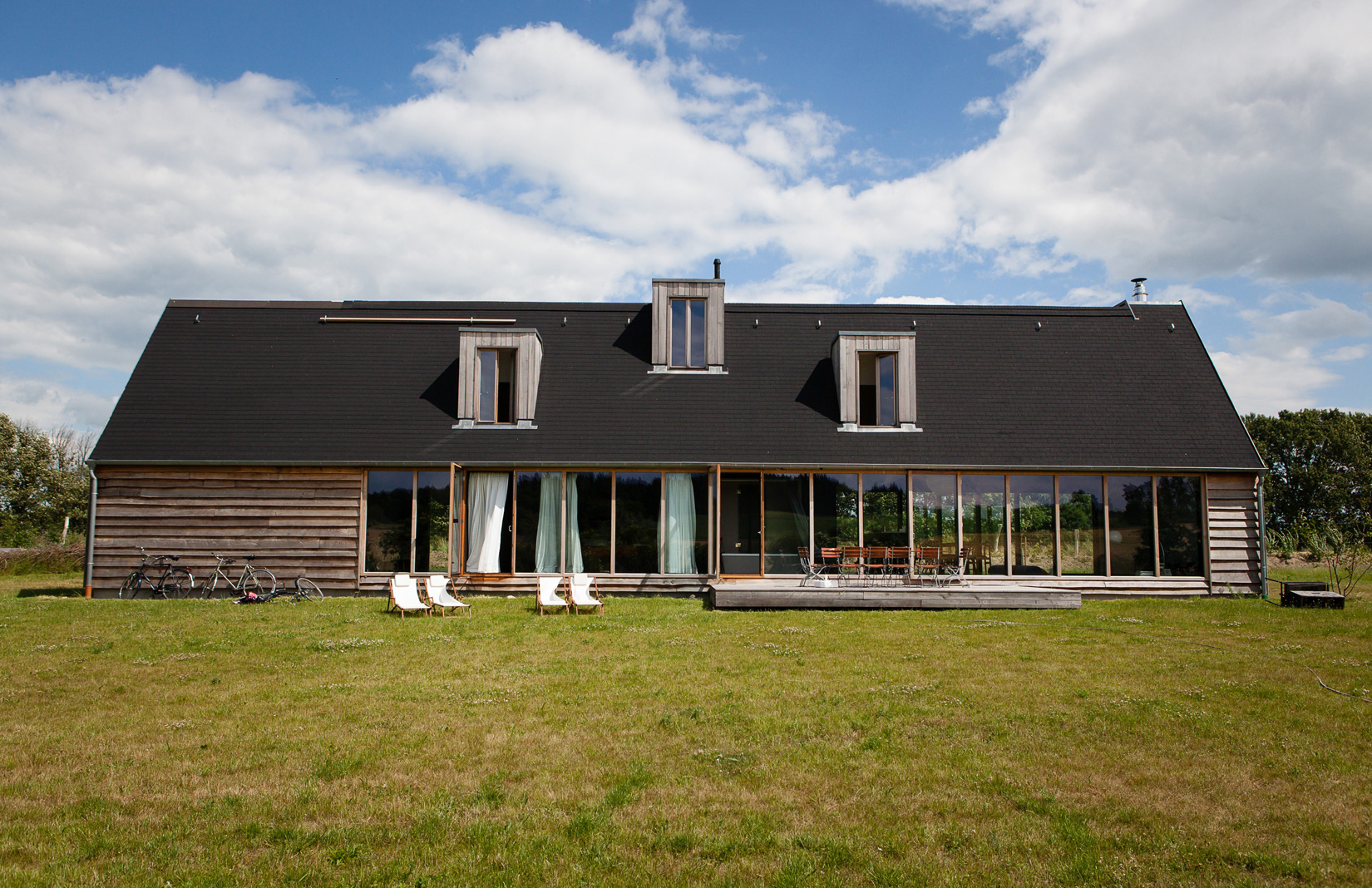 Black House Germany, holiday rental