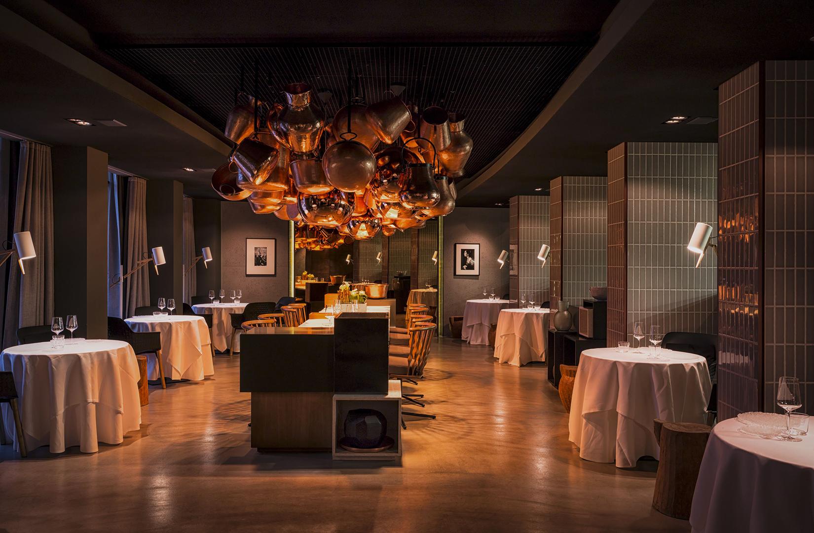 9 berlin restaurants in extraordinary spaces. Black Bedroom Furniture Sets. Home Design Ideas