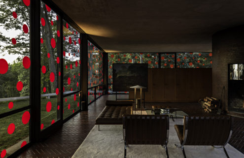 Yayoi Kusama covers Philip Johnson's Glass House in polka dots