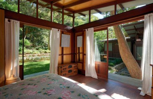Pavilion home by Richard Leplastrier goes on sale in Sydney