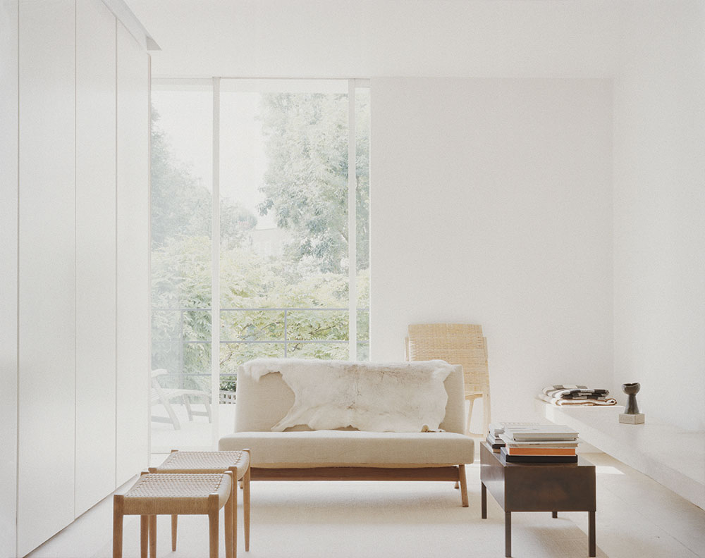 Homes we missed john pawson s minimalist abode luis for Minimalist house london