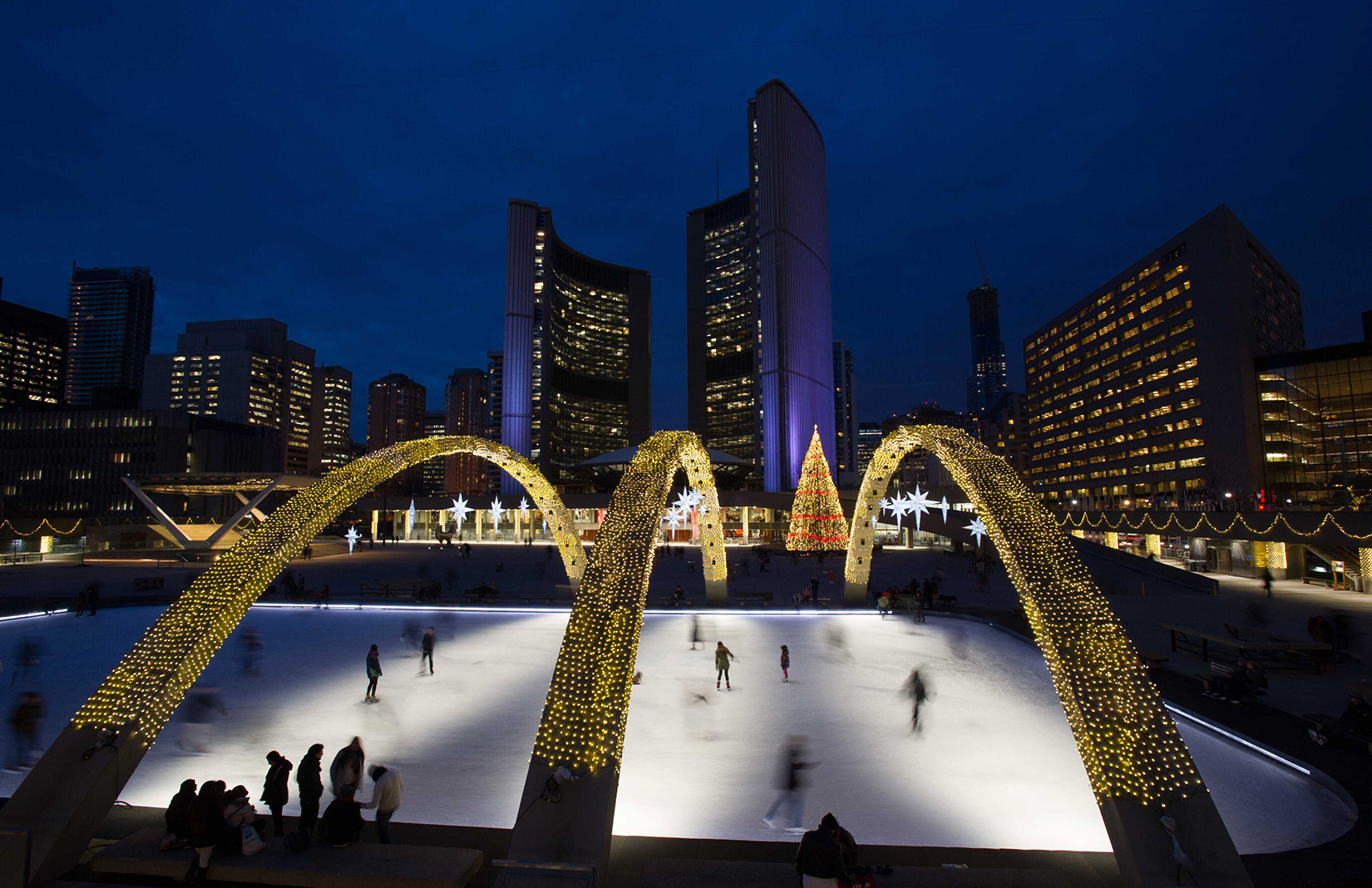 12 Of The World S Most Beautiful Ice Skating Rinks