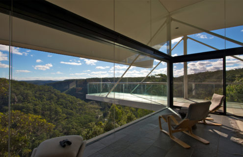Rental of the week: a clifftop house by Harry Seidler
