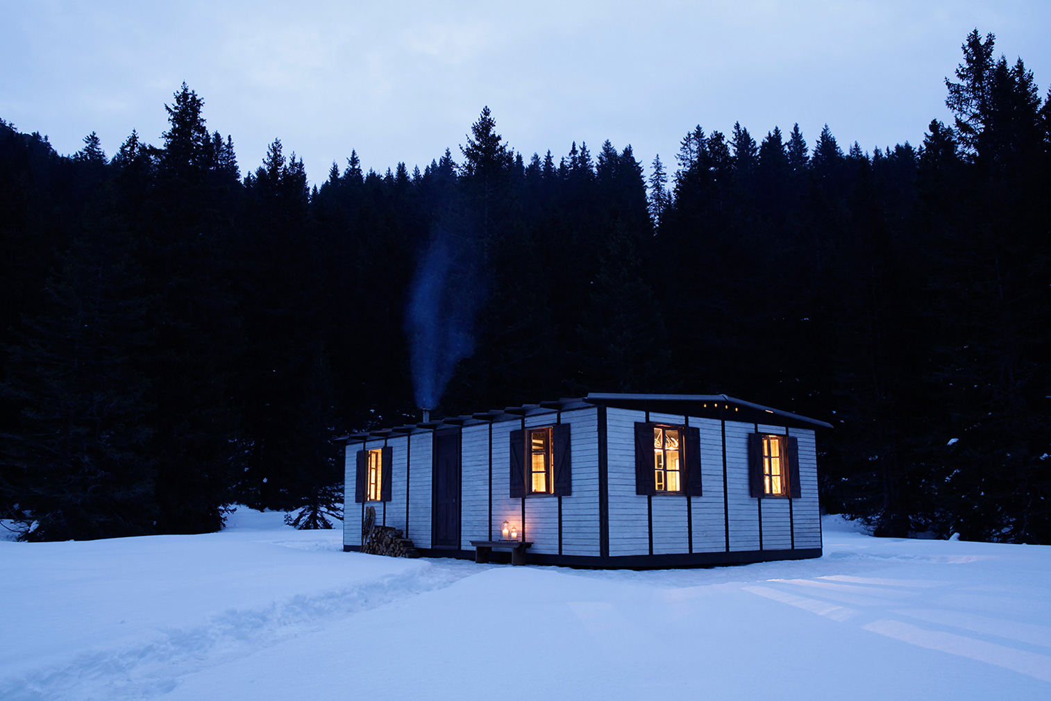 Midcentury cabins: Jean Prouvé's 6X9 Demountable House