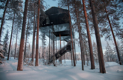 Snøhetta's treehouse opens for guests in the Arctic Circle