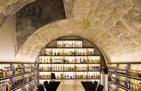 Golden Promise whisky bar opens inside a Parisian archway