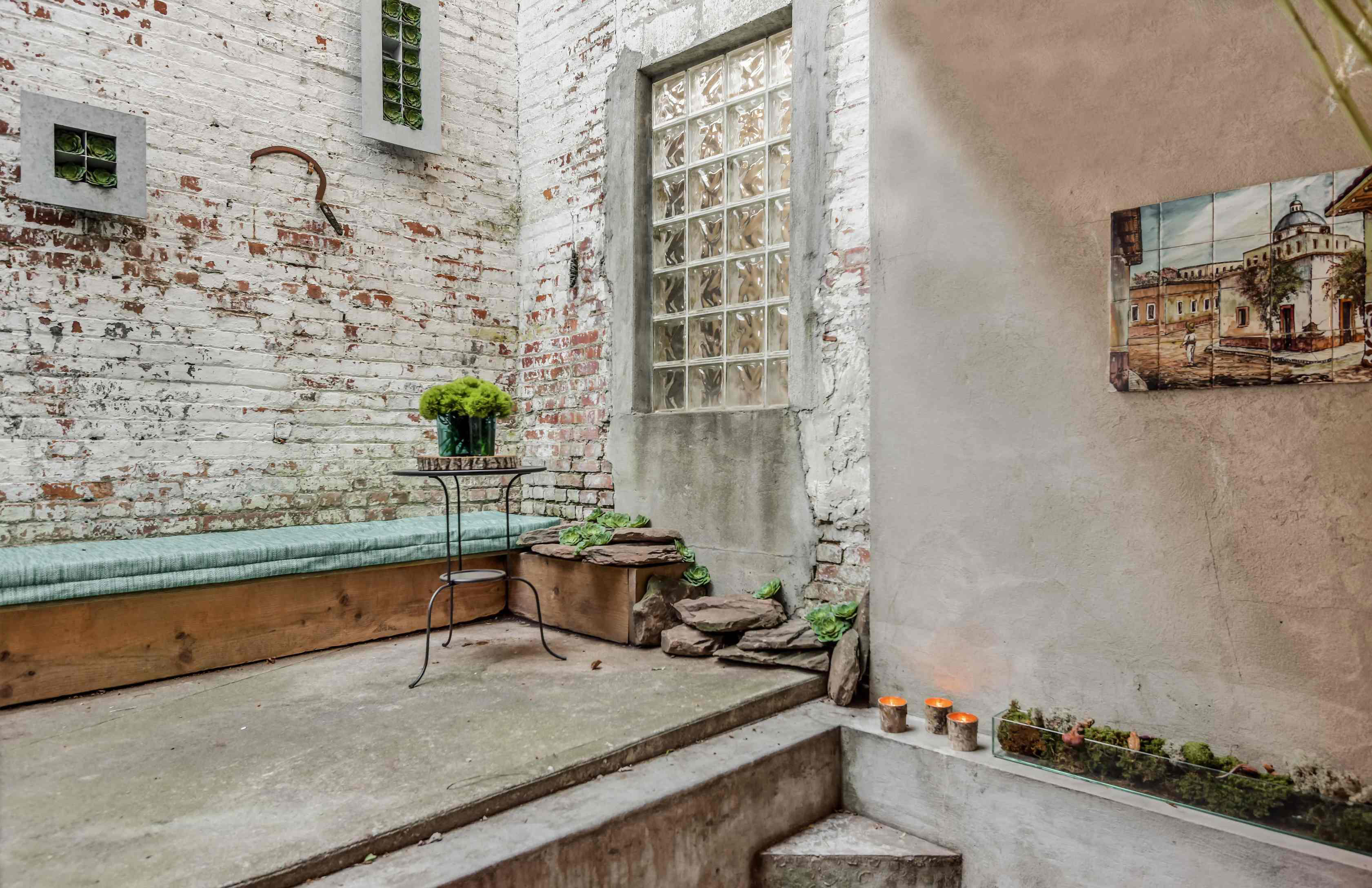 Hidden Brooklyn loft with soaring ceilings lists for $1.895m via Compass