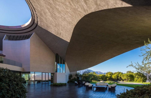 Bob Hope's Palm Springs home to host Louis Vuitton fashion show