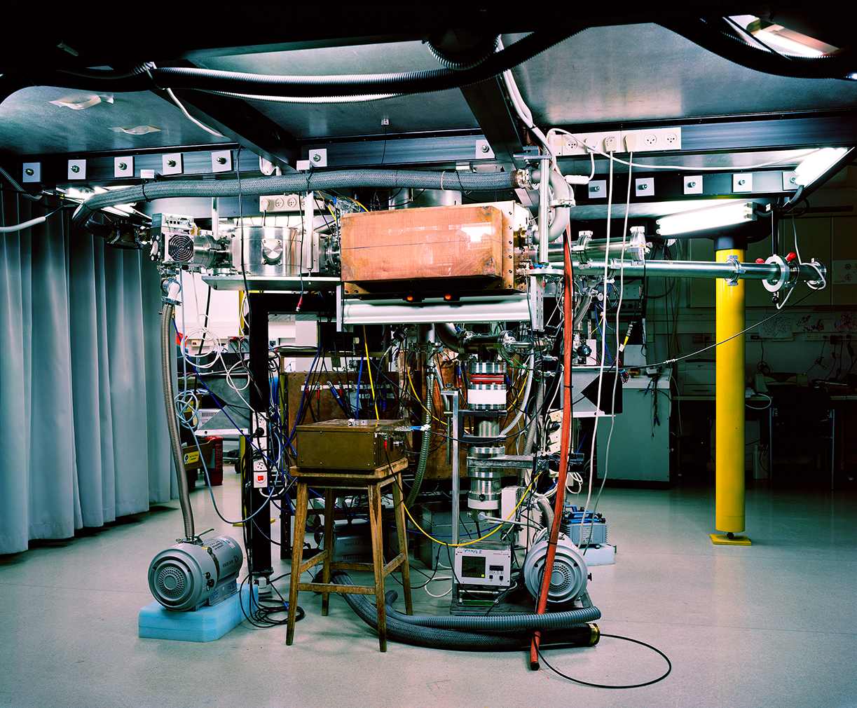 Thomas-Struth-Z-Pinch-Plasma-Lab