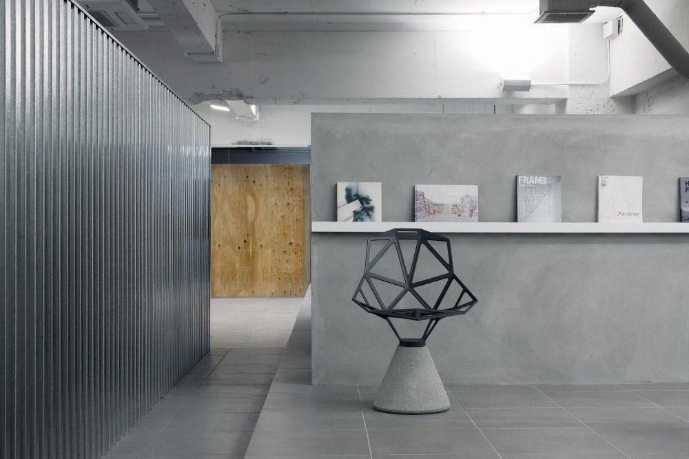 Interior of Apartment LIM Photography: Takumi Ota