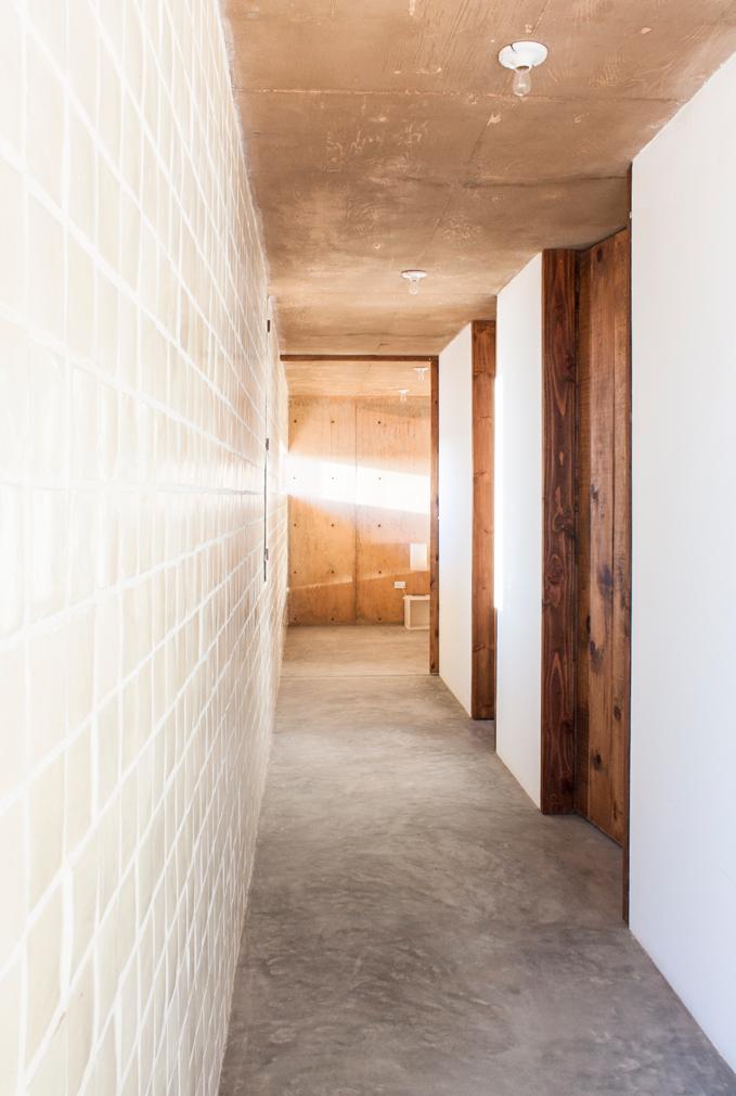 House of the week jorge gracia 39 s todos santos beach house for Casa moderna todos santos