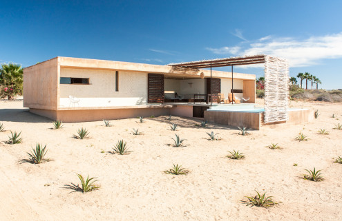House of the week: Todos Santos beach house in Mexico by architect Jorge Gracia