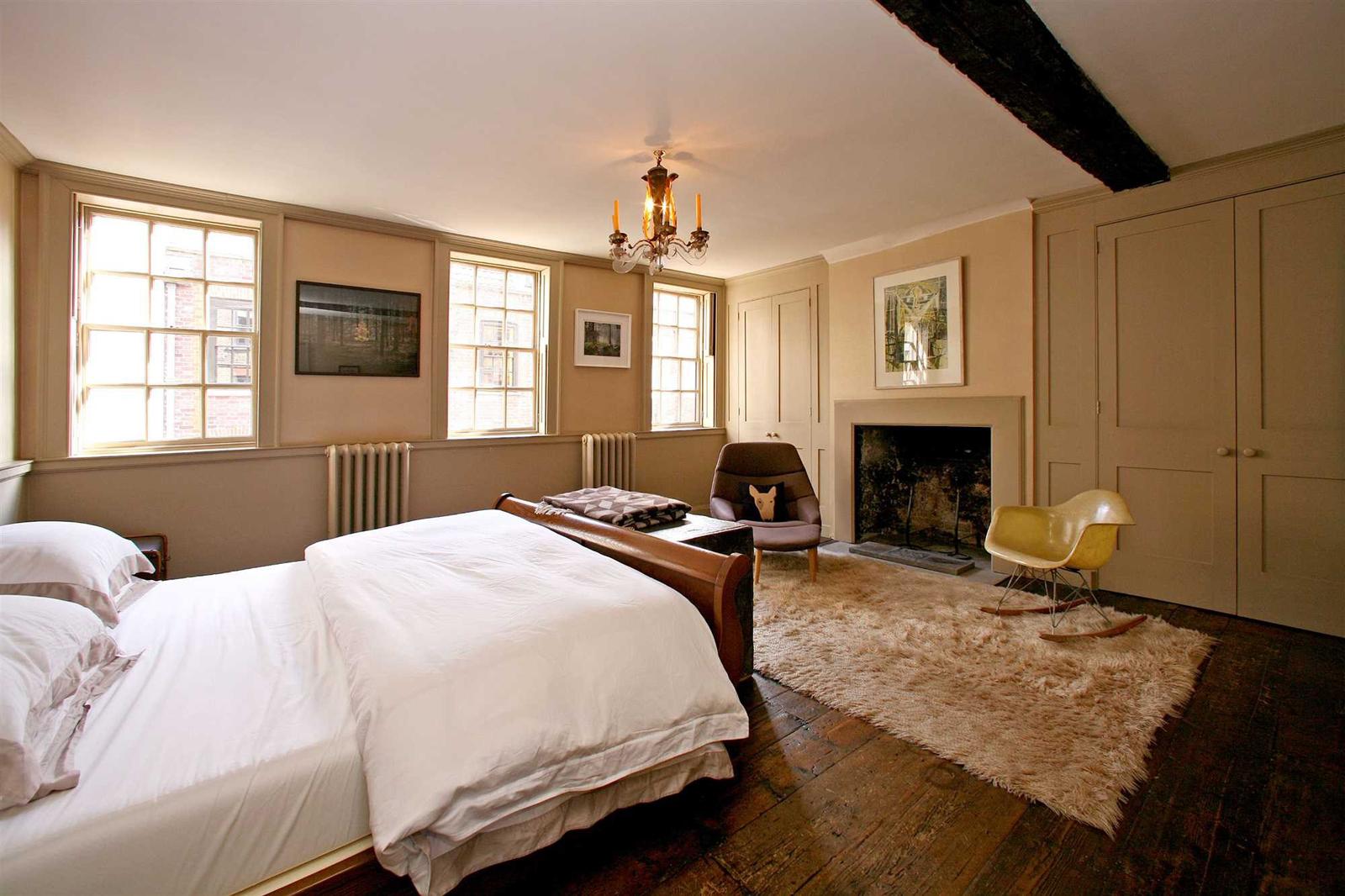 Princelet-St-bedroom-2