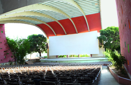 Screen stars: rescuing Angola's cinemas