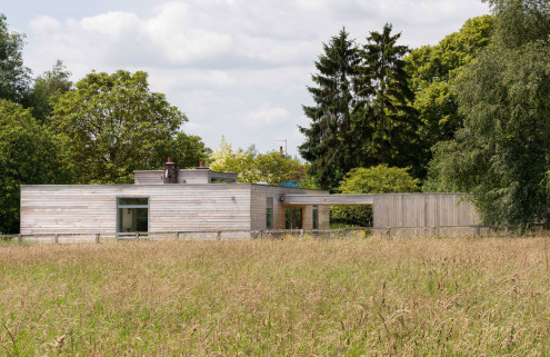 House of the week: a Modernist 'temple' by John Penn in leafy Suffolk