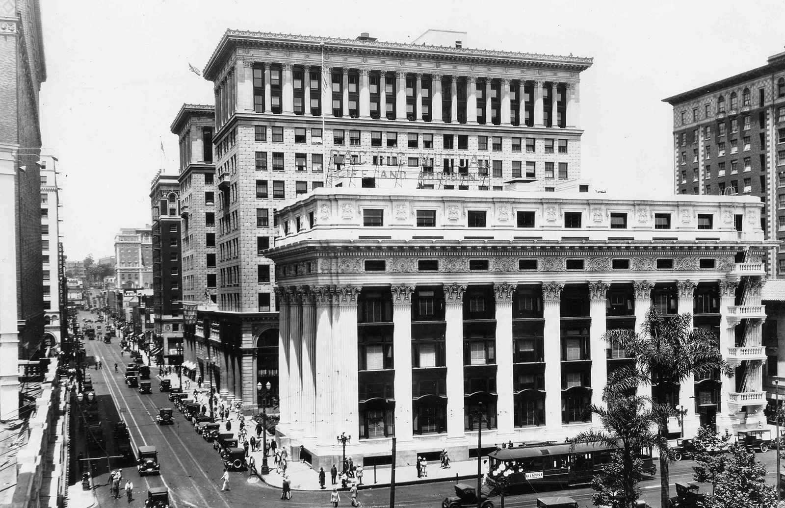 PacMutual building Los Angeles Public Library