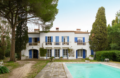 Property of the week: French actor Michel Constantin's villa on the St Tropez Gulf