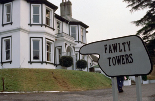 'Fawlty Towers' hotel to be demolished