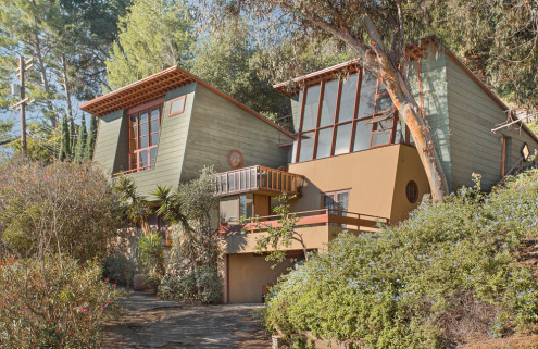 Architect A Quincy Jones' former LA home goes on sale