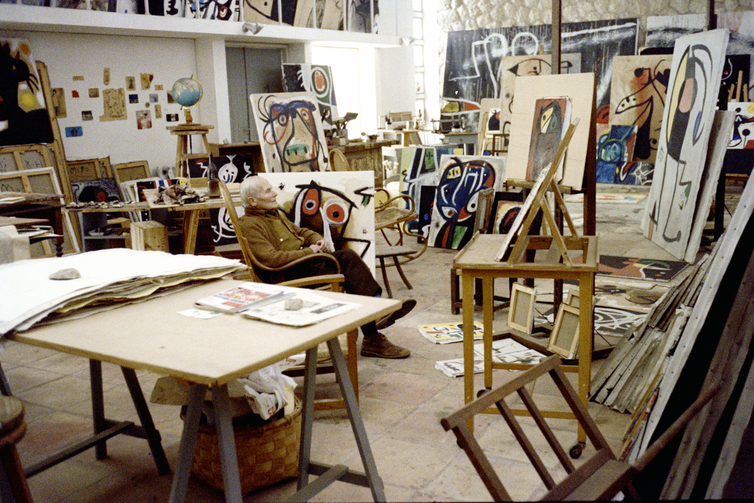 Joan Miró's studio, Mallorca, 1977, Photo Francesc Català-Roca © Photographic Archive of the Historical Archive of the College of Architects of Catalonia