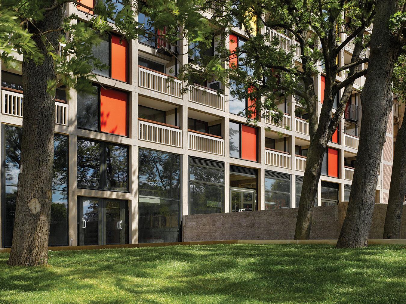 Sheffield-Modernism-Park-Hill-Estate-1