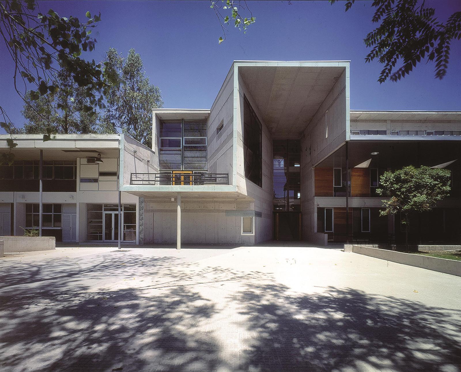 Mathematics School, Universidad Católica de Chile, Santiago, Chile Photography: Tadeuz Jalocha