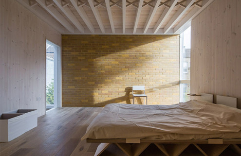 Tsuruta Architects win London's best new home extension award