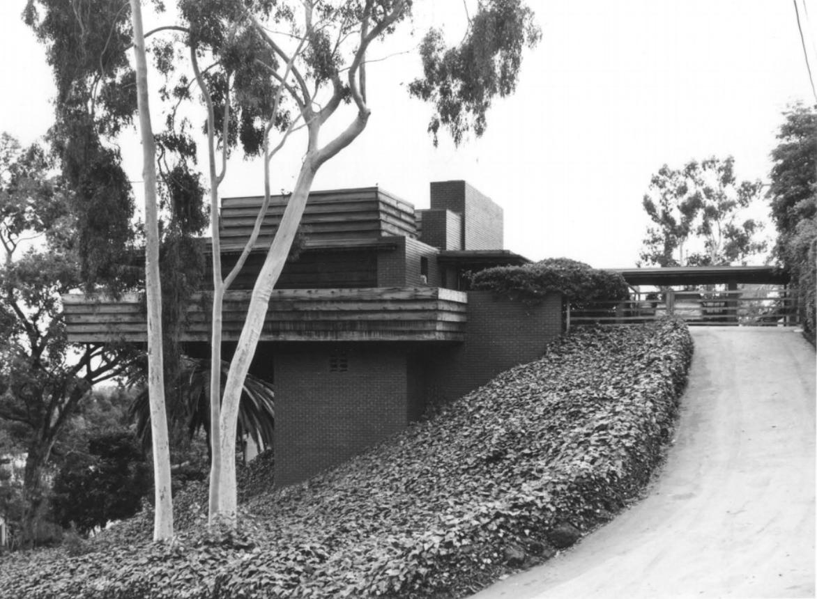 Frank Lloyd Wright's George D Sturges house