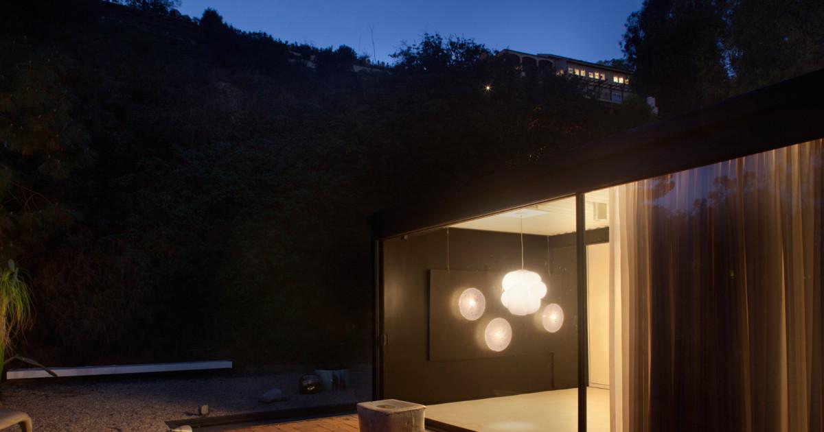 A design show that sets Pierre Koenig's Case Study House 21 aglow - The Spaces