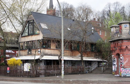 Crowdfunding campaign launched to save Hamburg's Golden Pudel club