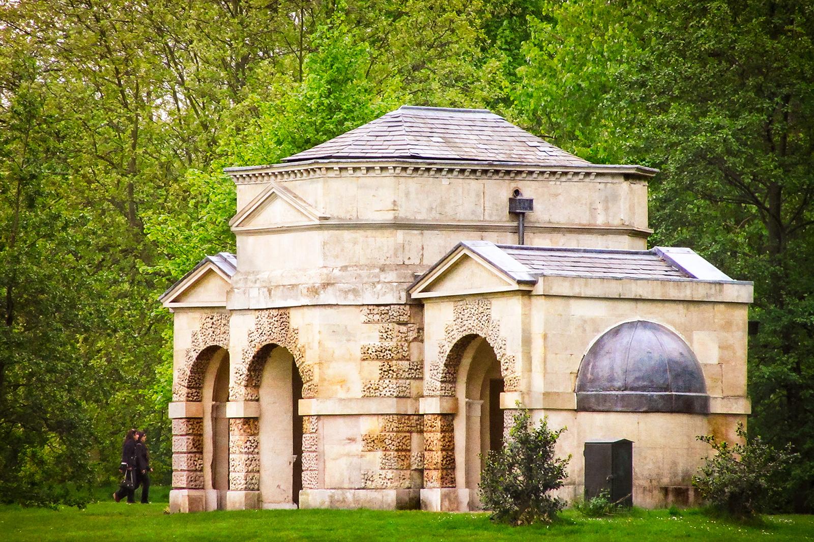 Queen Caroline's Temple, Kensington Gardens, London Photography: Garry Knight