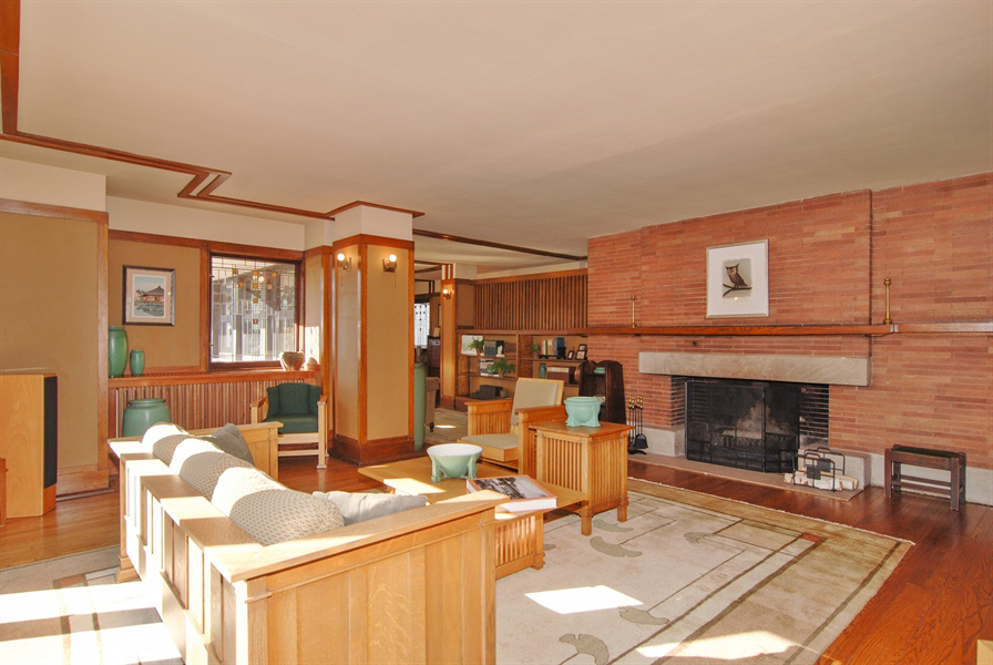 Frank Lloyd Wright S Red Oscar B Balch House In Chicago Hits The Market