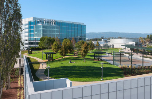 New Google base in Silicon Valley has a rooftop High Garden by DES Architects + Engineers