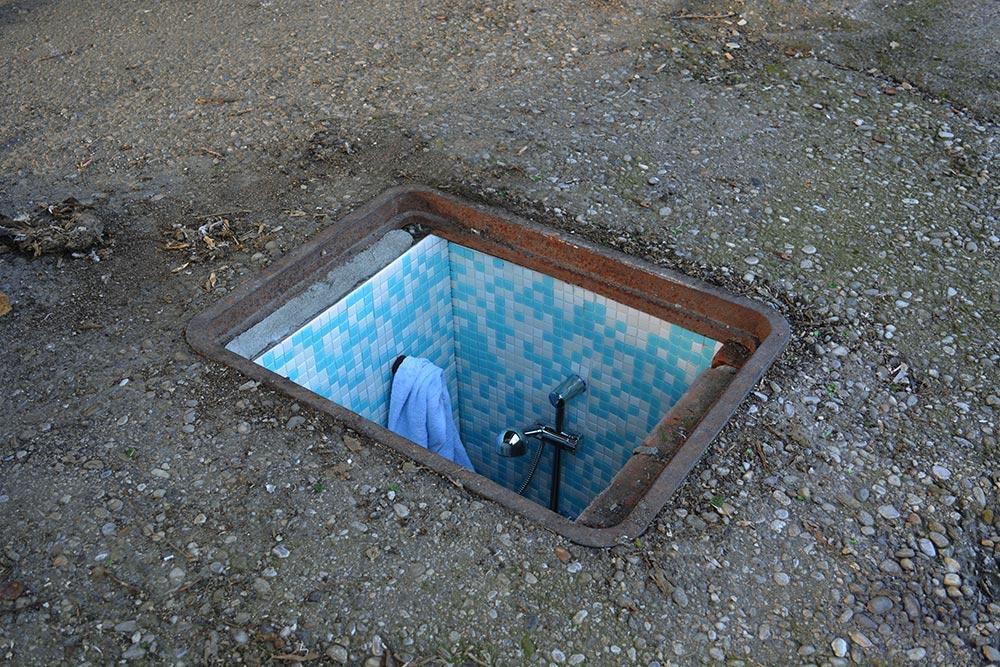Biancoshock's 'Borderlife' in Milan's manholes
