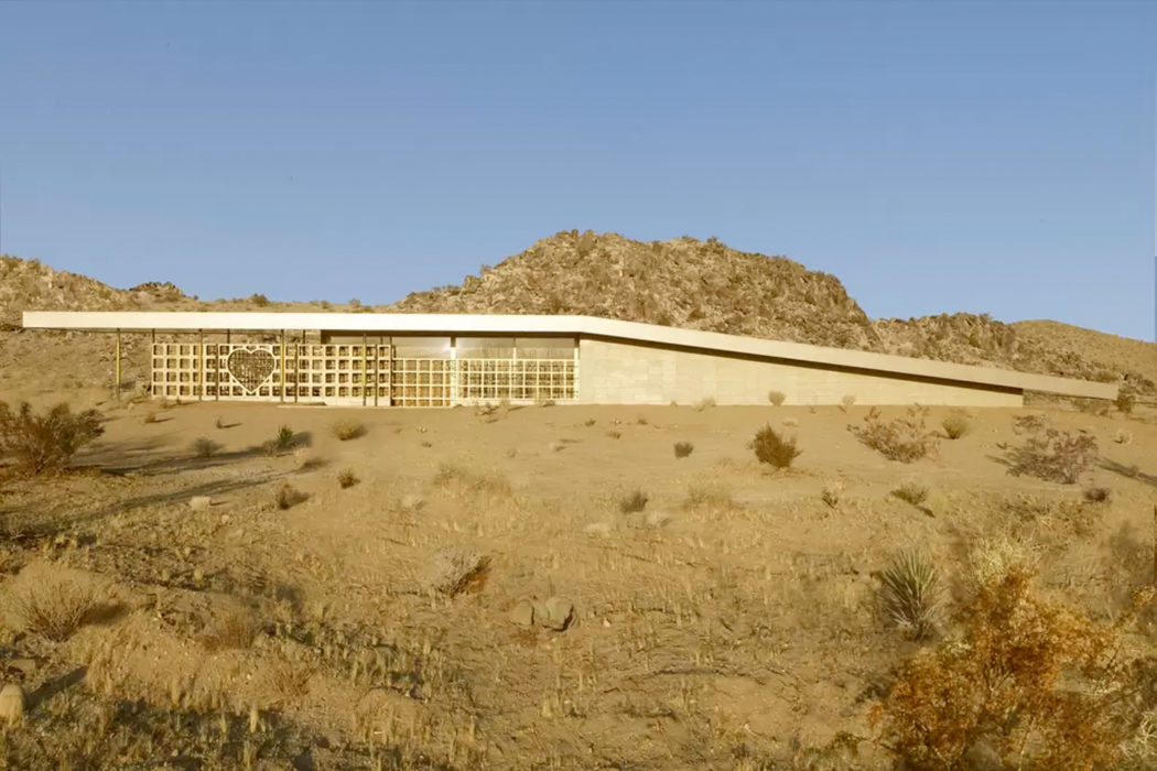 Rental Of The Week: A Golden Desert Outpost In Joshua Tree Design Inspirations
