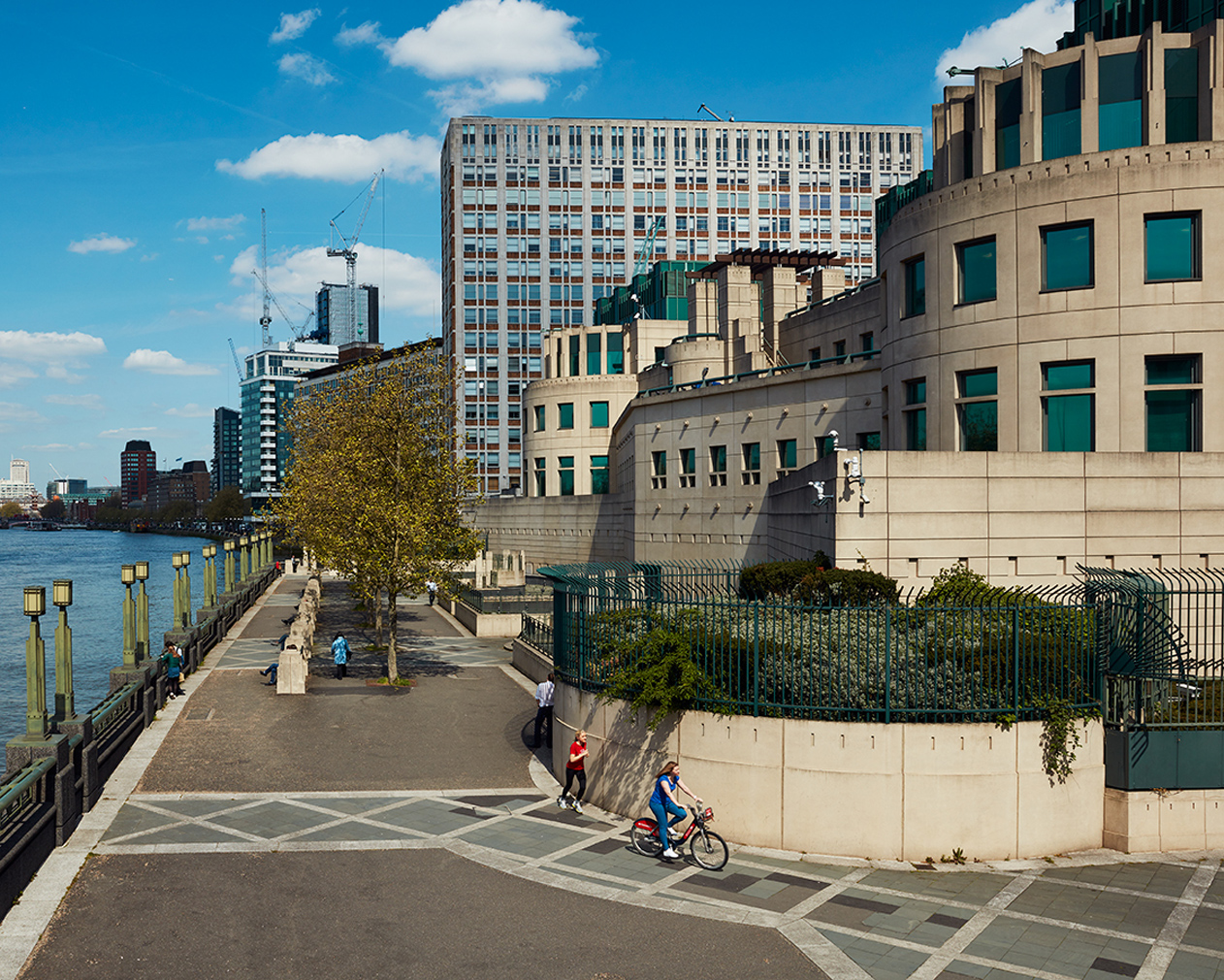 MI6 Building designed by Sir Terry Farrell. Photography: Rob Low for <em>The Spaces</em>