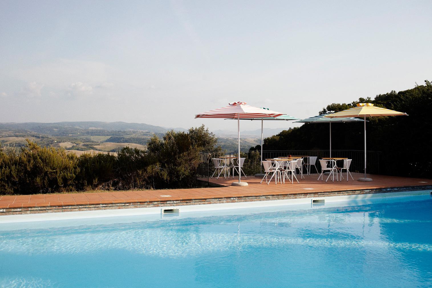 Swimming pool Villa Lena