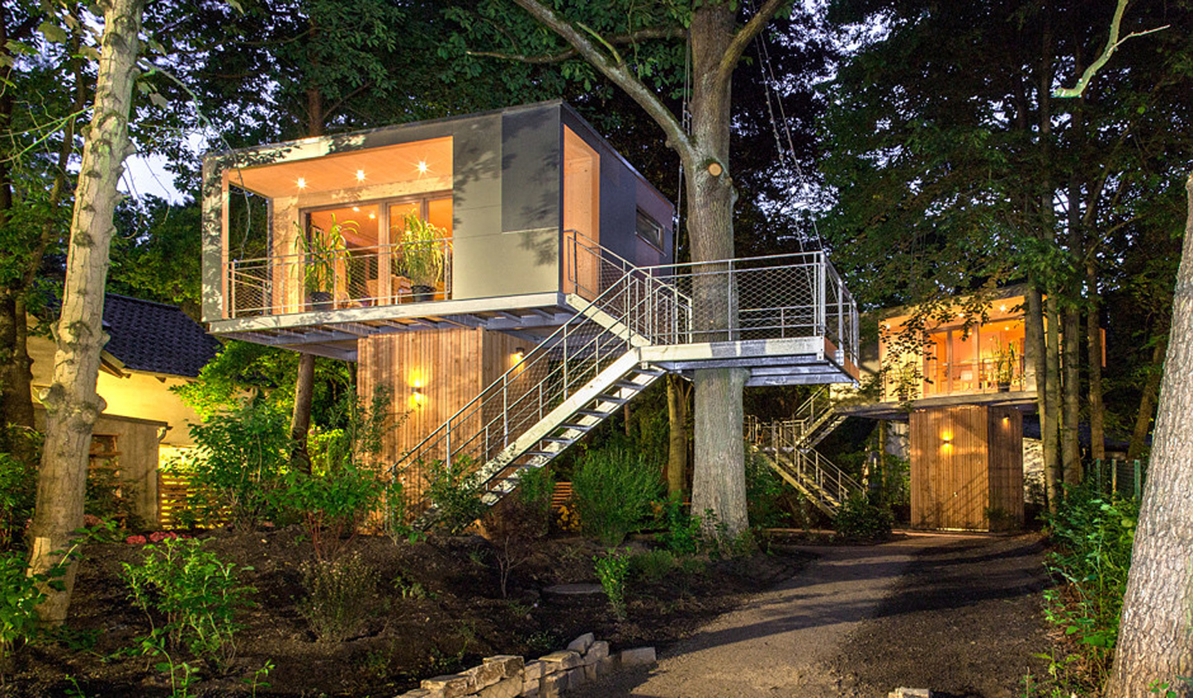 urban treehouse in berlin - Treehouse Masters Irish Cottage